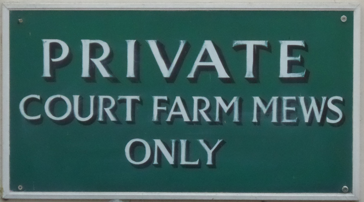 Court Farm Mews