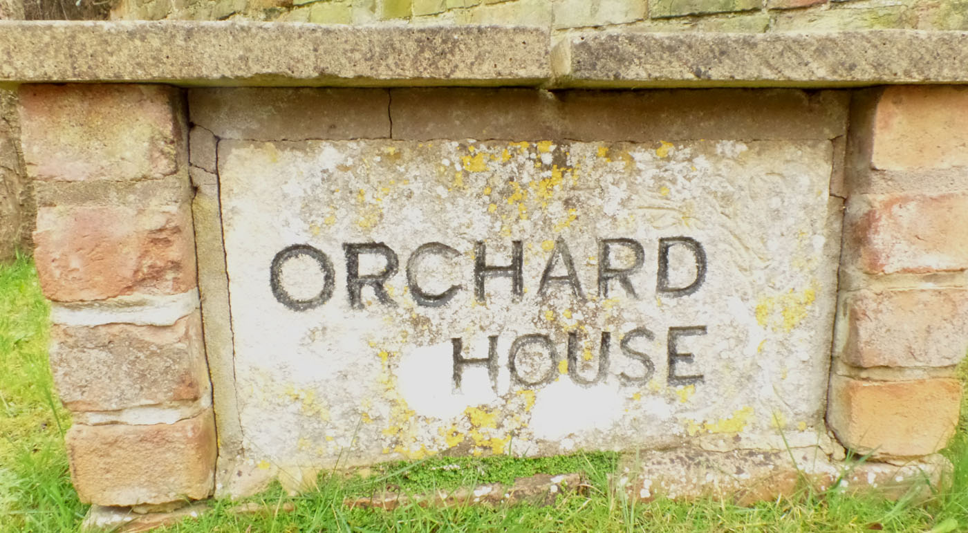 Orchard House (Pearcroft Rd)