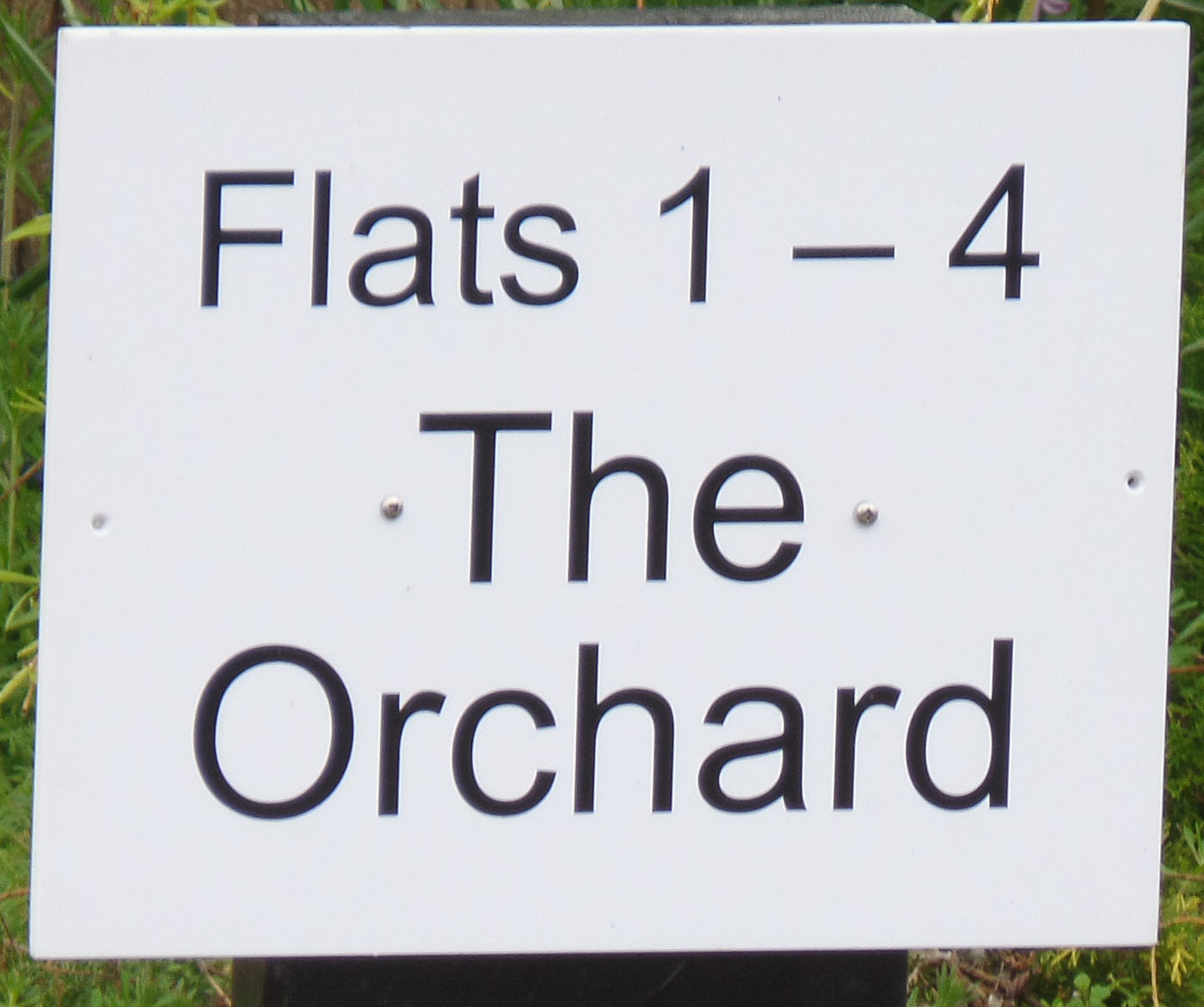 Flats 1-4, The Orchard